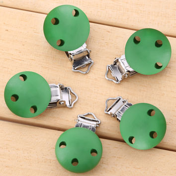 5pcs set Baby Pacifier Clips Animal Natural Color Wood Metal Pacifier Holders Infant Soother Clasps Baby Pacifier Care 4.3X2.9cm