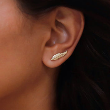 Gold feather Ear cuff, Gold Ear Climber, gold ear cuff, gold leaf ear cuff, gold studs, Gold climbing earrings everyday studs