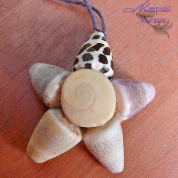 Hawaii Seashell Ornament Tropical Christmas by MermaidTearsDesigns
