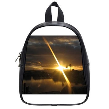 Rainbows And Sunsets 031 Small School Backpack