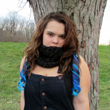Black Flecked Chunky Cowl, Neckwarmer, Circle Scarf, Fitted Cowl, Crochet Cowl, Infinity Scarf