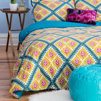 Lively Dreams Duvet Cover Set in Full