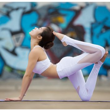 Net yarn splicing fitness running pants tight sweatpants female yoga dance step on the foot model White