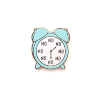 Blue No O'Clock Pin, Enamel Pin, alarm clock, gold metal, hard enamel, brooche, clock