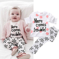 2016 Fshion Baby Girls Boys Here Comes Trouble Tops T-shirt Pants Outfits Set Costume 6M-4Y Children Funny Letters Clothes