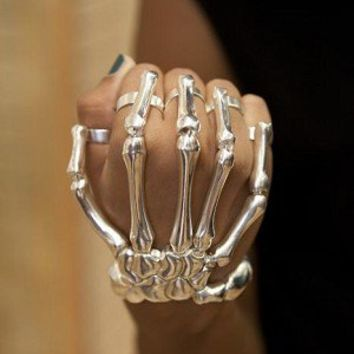 SKELETON HAND BRACELET- GOLD