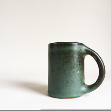 EMERALD GREEN MUG 13 oz, ceramic, pottery, handmade, coffee, tea, hot, cocoa, chocolate, milk, water, chai, latte, juice, beer