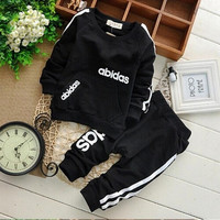 Retail boys and girls spring and summer clothing sets children's fashion leisure sports cotton clothes, suitable for 1-5 Y
