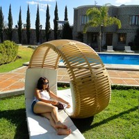 Roller-Coaster-like Chaise-Longue: Loopita Bonita by Victor M. Aleman