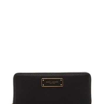 Marc Jacobs | Too Hot to Handle Standard Continental Wallet