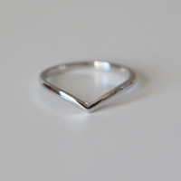 Sterling Silver Chevron Midi Ring
