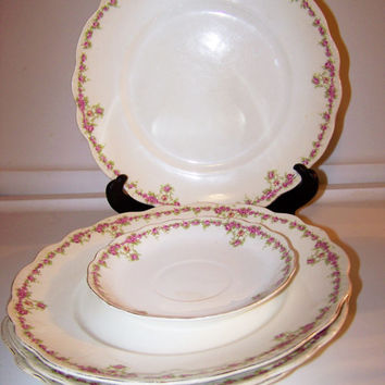 Buffalo Pottery China, 4 Dinner Plates, 1 Saucer, Some Chips & hair line cracks, Lovely Pink Rose pattern, Early Buffalo Mark, Floral Design