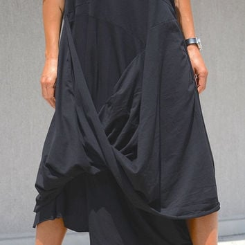 ON SALE Free Shipping) Extravagant Black Dress / Asymmetric black dress /  EveniniNG Dress / Party dress