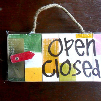 "Wood Sign  "" Open Closed "" Rustic Reclaimed Wood Handmade wooden Pallet Sign Wall Hnging Home Decor Custom Hand Painted / Gift 10""X4.75"""