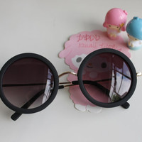Simple Grunge Black Round Hippie Retro Sunglasses