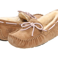 UGG Dakota Dried Lavender Suede - Zappos.com Free Shipping BOTH Ways