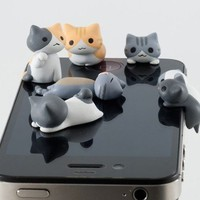 IPhone4/4S/5 dust plug headphone plugs super cool cheese cat kitten dust plug by ClothLess