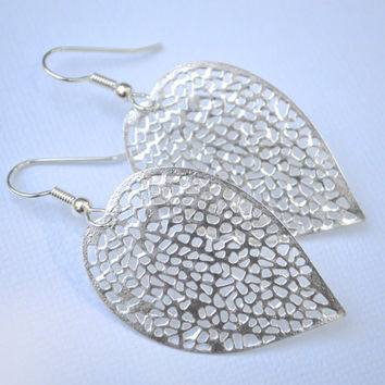 Bright Silver Filigree Leaves . Earrings . Akiko Collection