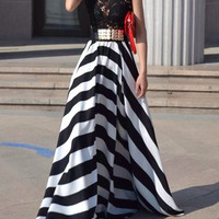 Black and White Striped Floor-Lenght Sleeveless Lace Dress