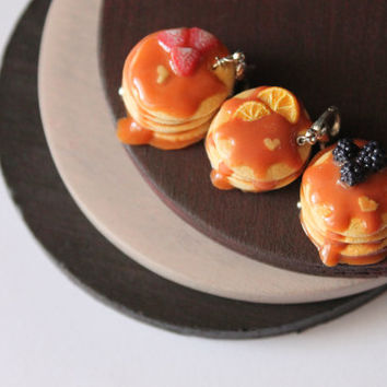 Pancake charm, handmade with polymer clay, miniature food jewelry, handmade jewelry, handmade decorations, handmade miniatures original gift