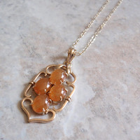 Apricot Jade Necklace 14K Yellow Gold 18 Inch Chain V0742