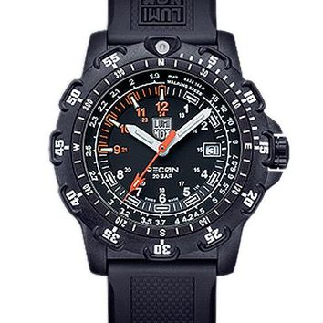 Luminox Mens Recon Point Man - Black Dial w/ Polyurethane Strap - PC Carbon Case
