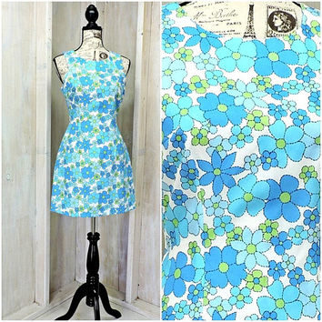Cute little summer dress / 80s bright floral dress / mod / retro /  size 8 / 9 / Byer Too California