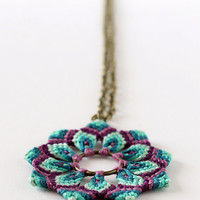 Textile macramè mandala flower necklace green purple