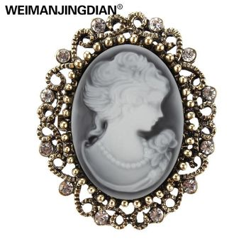 lot of 2 pcs Factory Direct Sale Vintage Queen's Cameo Crystal Brooch Pins for Women in Antique Gold color