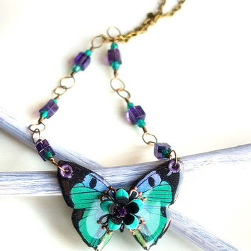 Tiny Emerald green butterfly necklace/Wooden butterfly necklace/Decoupaged butterfly/Butterfly pendant/Wood jewelry