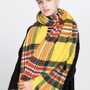 2017 New Style Winter Warm Plaid Scarf For Women Colorful Tassel Stripe Scarves Large Size Soft  Russian Thick Shawls and Wraps