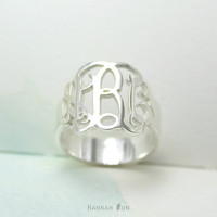 0.6 inches Sterling Silver Monogram Ring, Personalized Silver Monogram Ring, Personalized with Your Initials, Monogram ring
