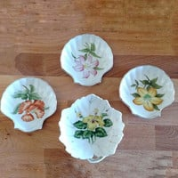 Vintage Porcelain / Small Plates / Floral / Shell shaped / 1960s kitchen / Japanese made / Midcentury decor / Bone white /