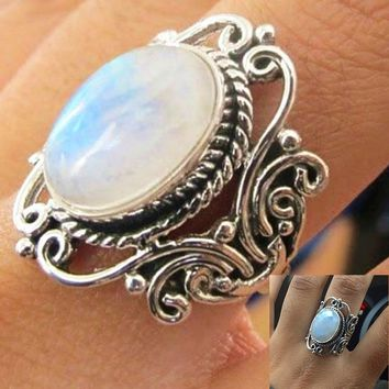 Antique 925 Sterling Silver Rainbow Moonstone Ring