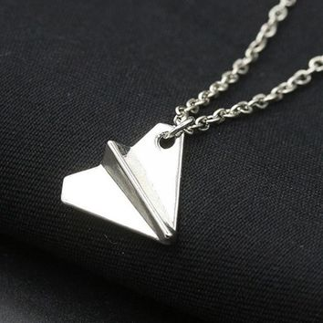 N2085 New Gothic European Minimalist Punk Vintage Paper Plane Pendant Chain Necklace For Women Jewelry Gift Men Clavicle Collier