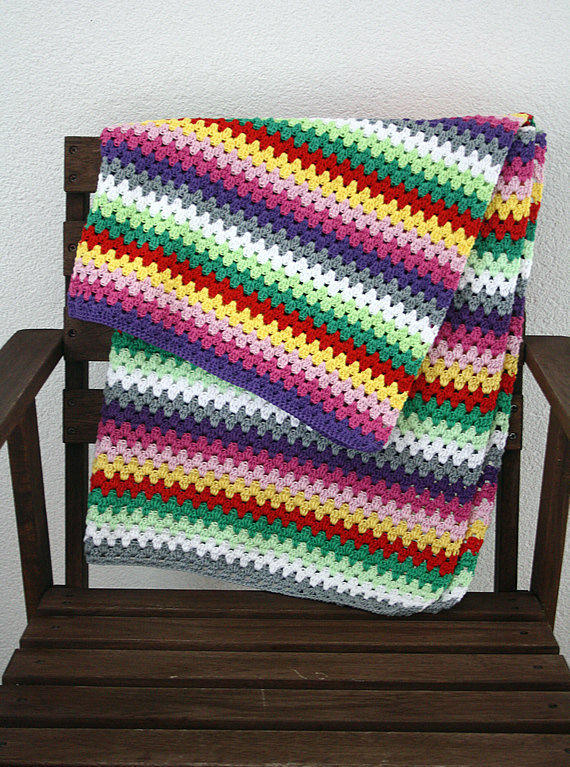 Crochet baby blanket: granny stripes purple, pink, red, green, white, grey, yellow