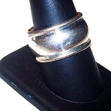 Mans Sterling Silver Band Ring Convex Design 925 Sz 9.5 Vintage