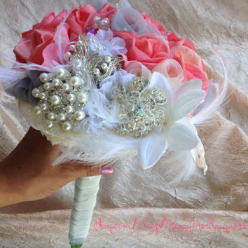 Gatsby style pink and white brooch and feather accent bouquet