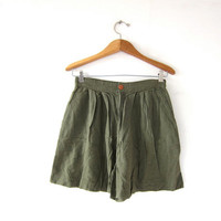 Vintage Linen Rayon Shorts. High Waist Shorts. Pleated Shorts. Army Green. Minimalist.
