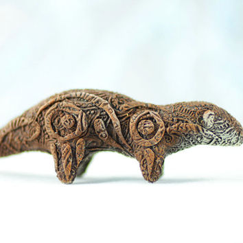 Otter Animal Totem Figurine Fantasy Skulpture Guardian Spirit Amulet Shamanic Native