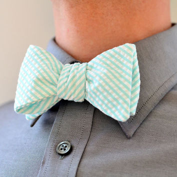 Men's Bow Tie in Mint Green Seersucker- mens freestyle wedding custom groomsmen bowtie neck self tie striped