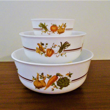 Vintage 1960s Arcopal France Set of Three (3) Nesting Bowls with Vegetable Pattern  / Retro Mixing Bowls / Milk Glass / Made in France