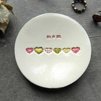 Mom Ceramic Trinket Dish, Personalized  Mother's Day Rainbow Hearts, Mother Ring Dish, Pastel Hearts Jewelry Dish, Mom Gift