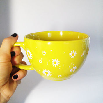 Large Daisy Coffee Mug Сamomile Jumbo Ceramic Cup Ceramic Tea Mug Hand painted big cup Painted Ceramic cup