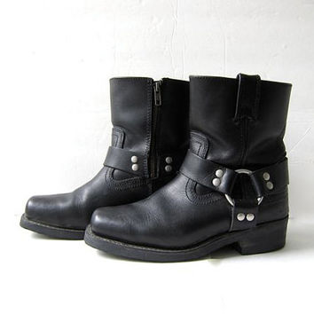 Vintage harness boots. Black leather ankle boots. Zip up boots. Biker boots.