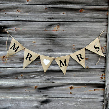 "Burlap Banner, Rustic Wedding Decor Banner ""Mr & Mrs"" Bunting Banner, Shabby Chic Beach Wedding Decor, Country and Barn Wedding Decor"