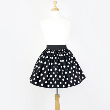 Black and White Polkadots Pleated Skirt