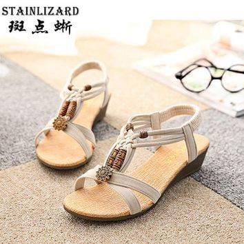 Woman Shoes the new summer 2017 flat sandals flat leisure Female beach shoes beaded Bo