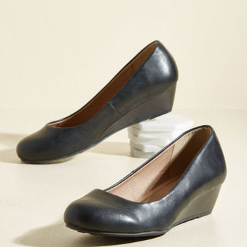Breath of Profesh Air Wedge in Ink | Mod Retro Vintage Heels | ModCloth.com