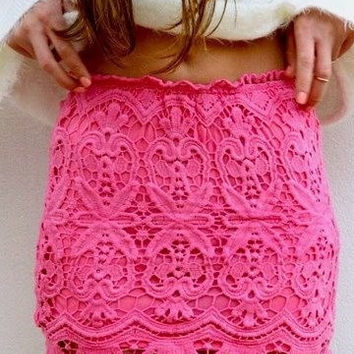 2015 Sexy Mini Hook Flower Crochet Pencil Skirt Lace High Waist Bodycon Lace Female Vintage Ladies pencil skirt = 1946929604